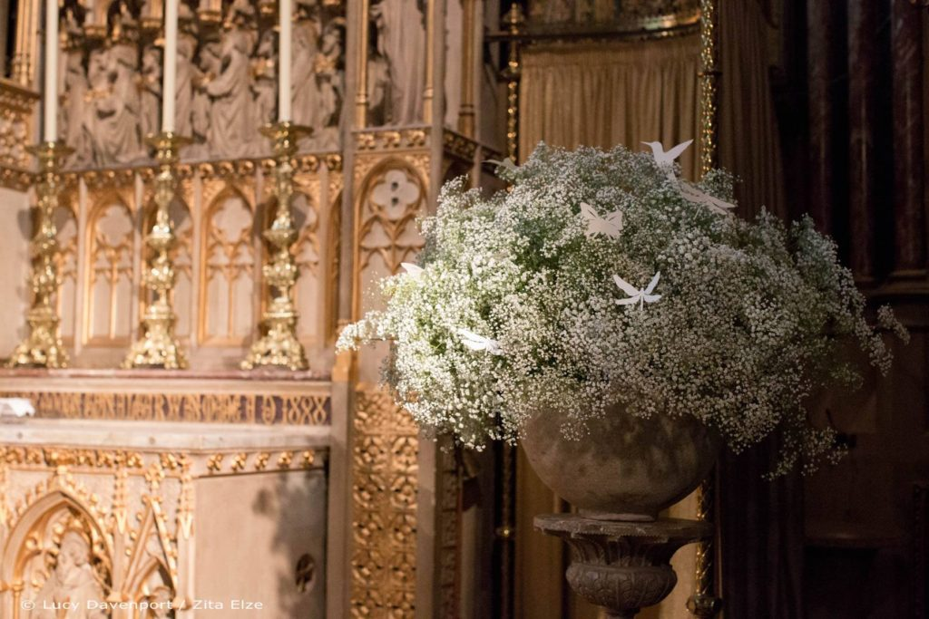Zita Elze wedding flowers for Olivia and Benedict photo: Lucy Davenport KEW-069_wm