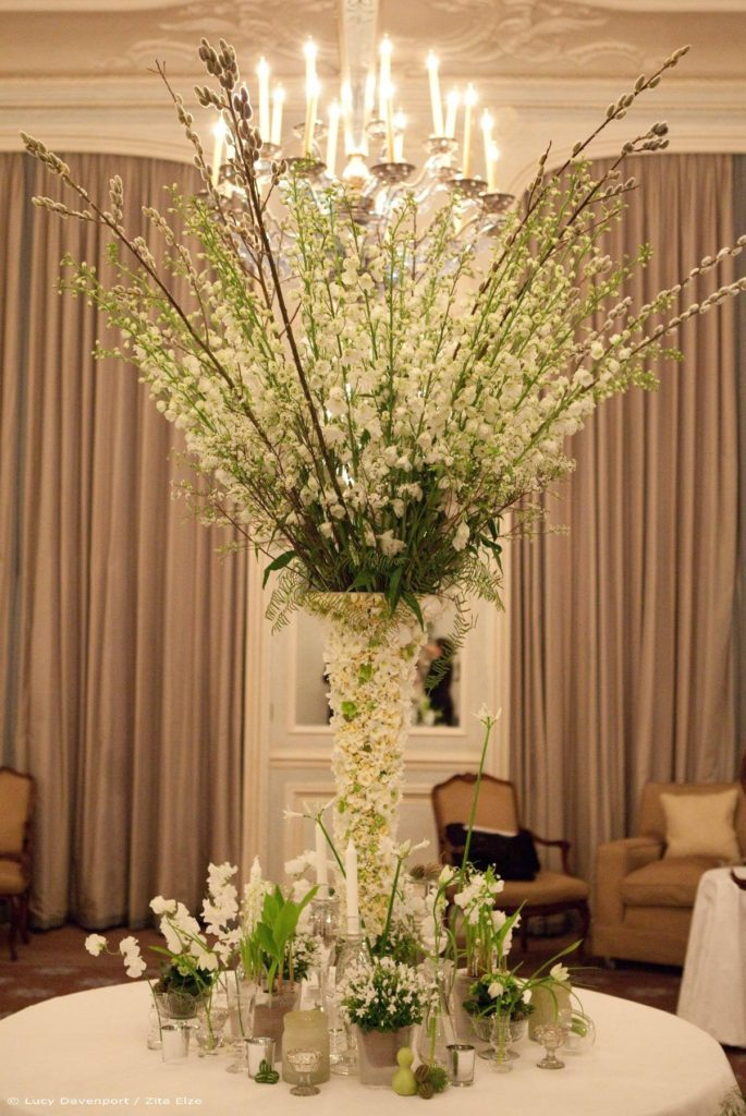 Zita Elze Wedding Flowers at Claridges Photo: Lucy Davenport 489 c w_wm