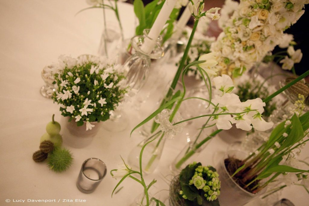 Zita Elze Wedding Flowers at Claridges Photo: Lucy Davenport 492 w_wm