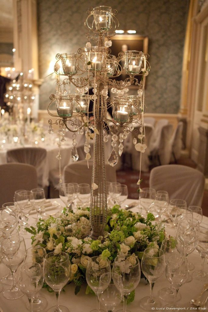 Zita Elze Wedding Flowers at Claridges Photo: Lucy Davenport 545 w_wm