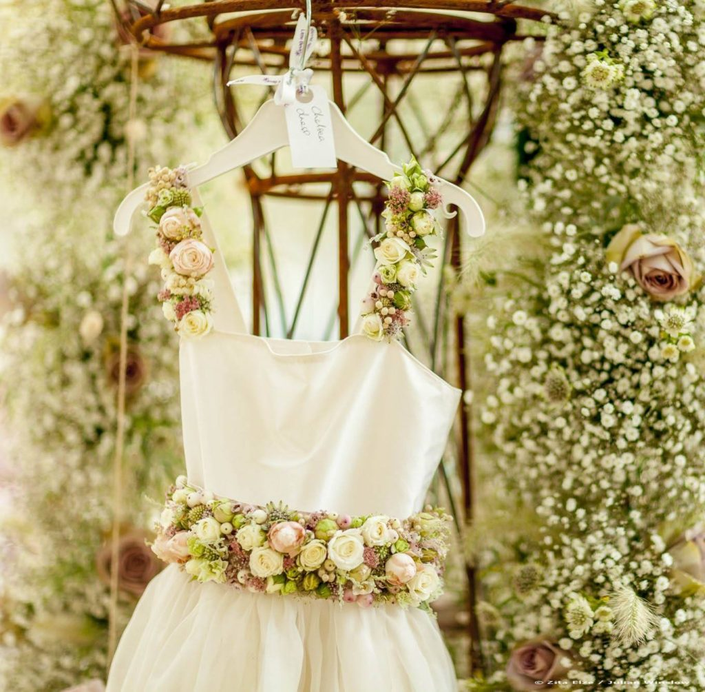 Zita Elze floral embroidery Little Bevan bridesmaid dress Photo: Julian Winslow 6685_wm