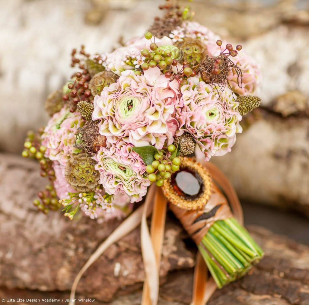 Zita Elze Design Academy Jisoo Park Wedding Design project / bridal bouquet with ranunculus, pepper corns, scabiosa seedheads and waxflower  Photography:  Julian Winslow 5731 c_wm