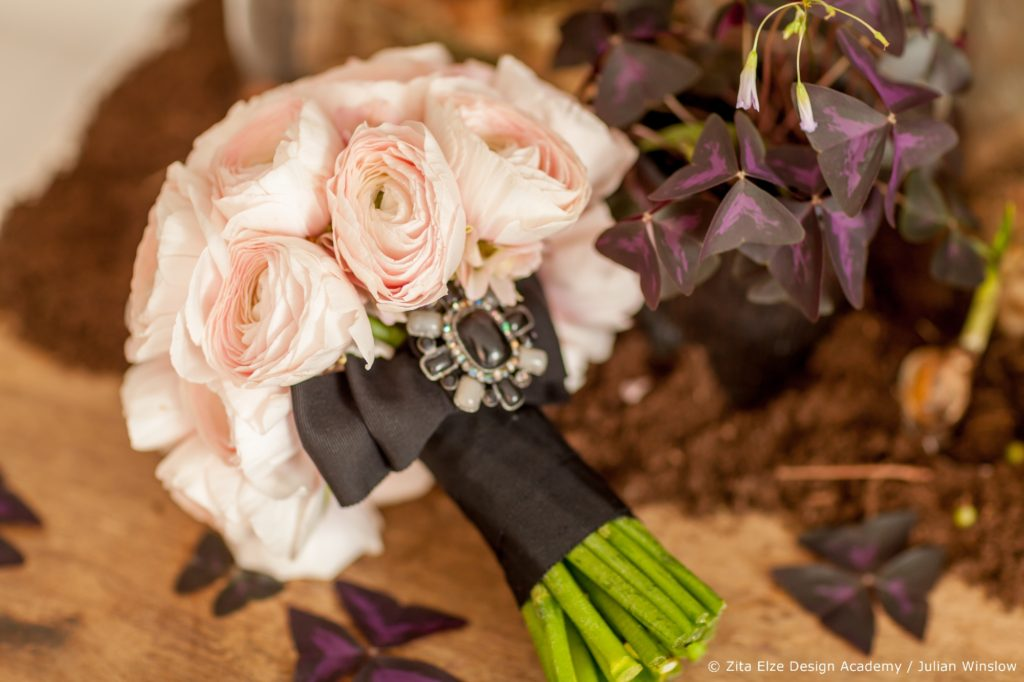Zita Elze Design Academy Jisoo Park Wedding Design project / bridal bouquet with pink ranunculus Photography:  Julian Winslow 5736_wm
