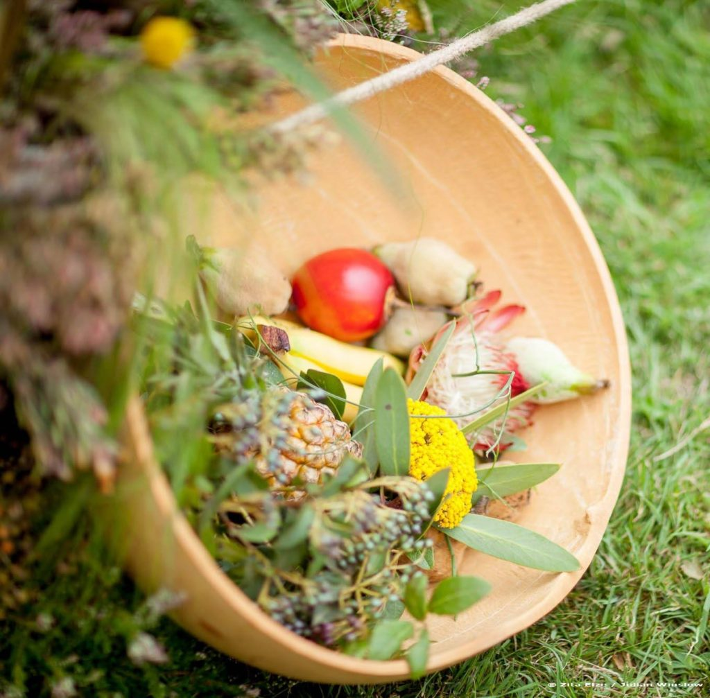 Zita Elze Wedding Flowers - Zimbabwean British Fusion Wedding - floral and fresh fruit decorations. Photograhy Julian Winslow-7623-c_wm