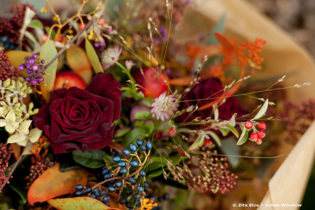 Zita Elze Flowers autumn bouquet photo Julian Winslow 1428