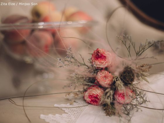 Zita Elze Mothers Day Astilbe, Stipa and Rose bouquet photo: Minjoo Son 1331_wm_L