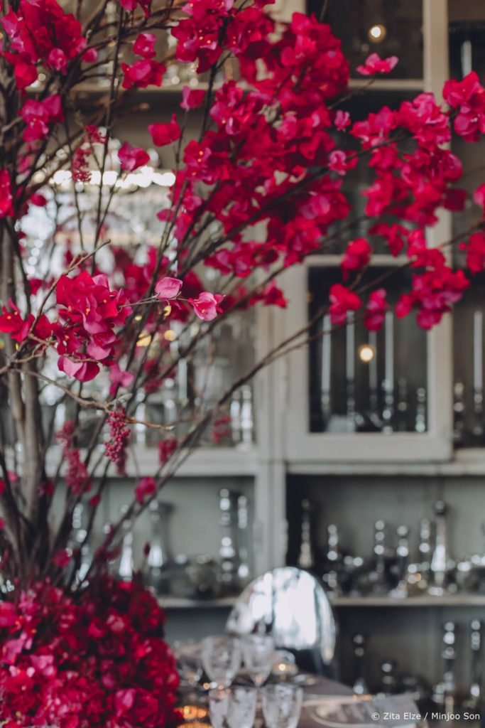 Rouge bougainvillea wedding flowers by Zita Elze, photo Minjoo Son