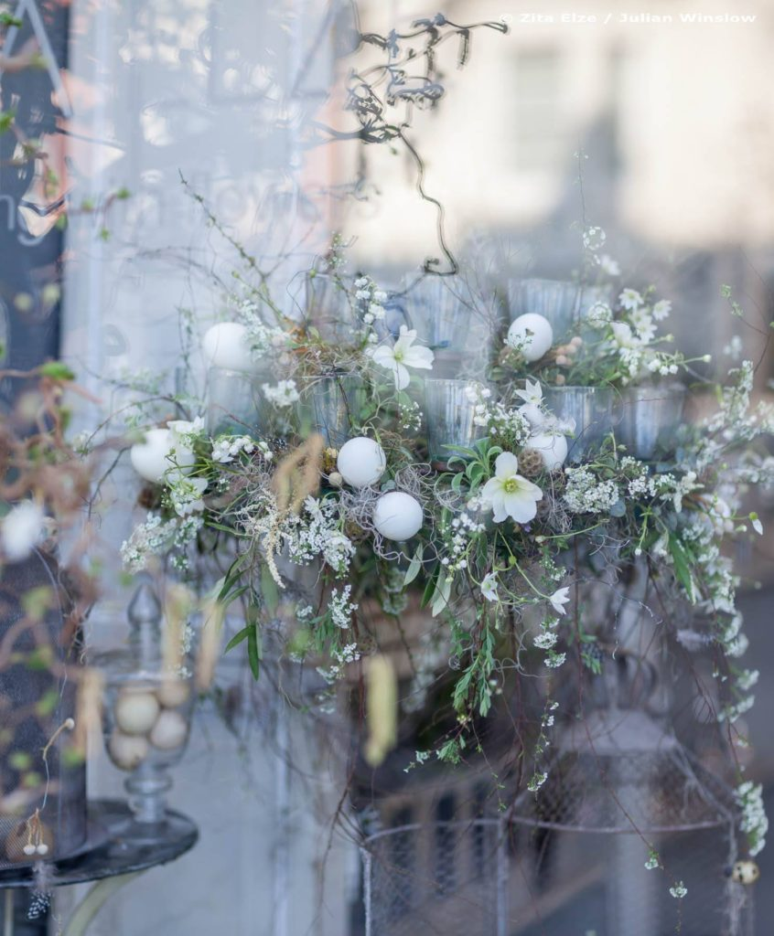 Zita Elze Easter Flowers Floral Chandelier Photo: Julian Winslow LP-13_wm