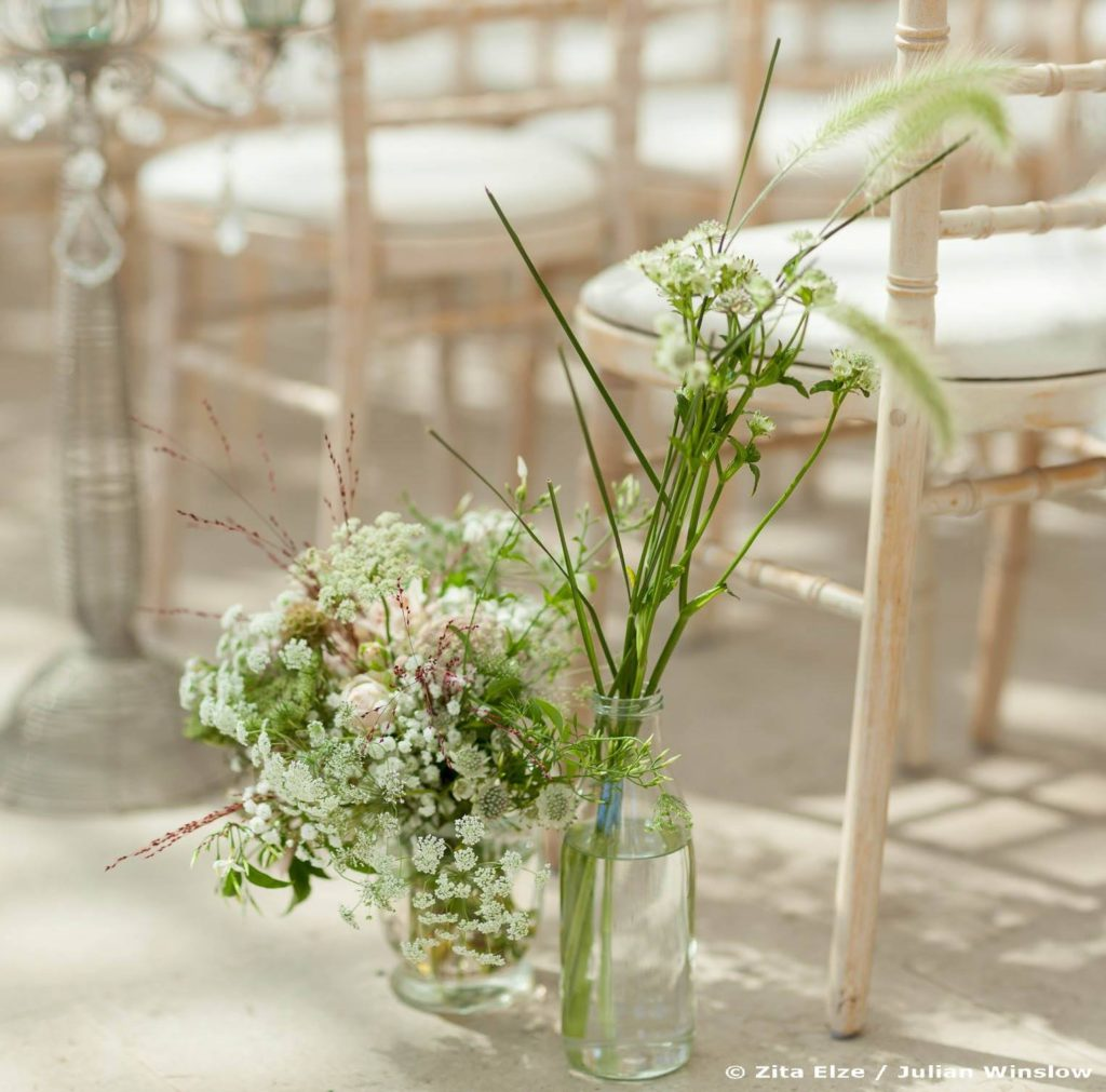 Zita Elze Wedding Aisle Flowers Nash Conservatory Kew Gardens photo: Julian Winslow px-89_wm