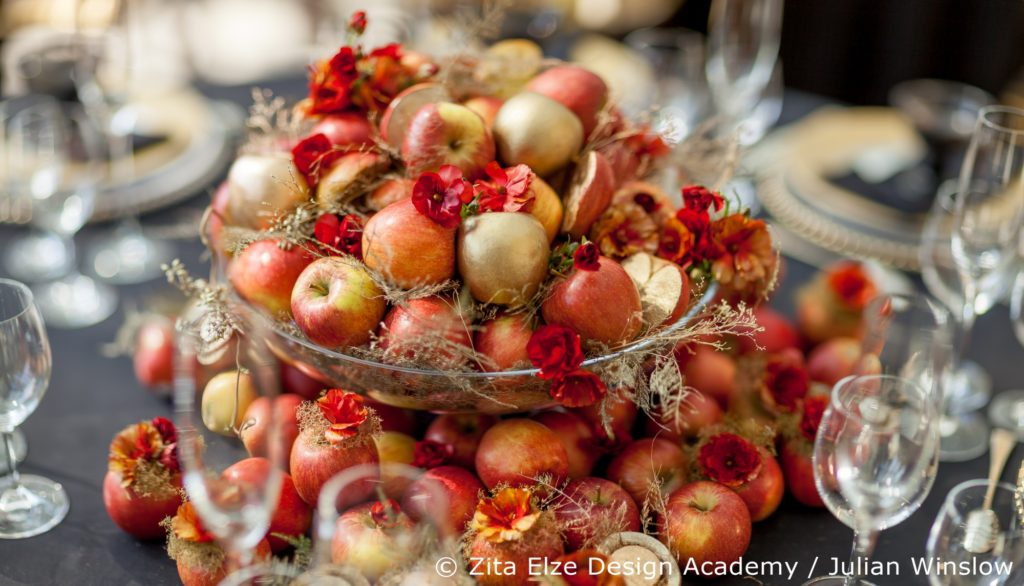 Wedding Stories Advanced Wedding Design Master Class Reception flowers and fruit in Kew Gardens with Zita Elze Design Academy, Photography: Julian Winslow LP14_wm