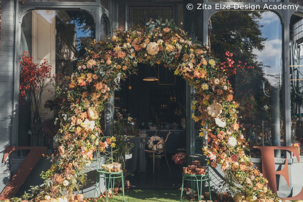 Zita Elze Design Academy Autumn Floral Arch photo: Minjoo Son Oct 2017 194_wm