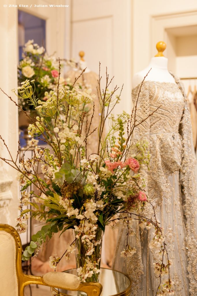Zita Elze Flowers Aashni Wedding Show 2018 Somerset Hse photo Julian Winslow 2px-76_wm